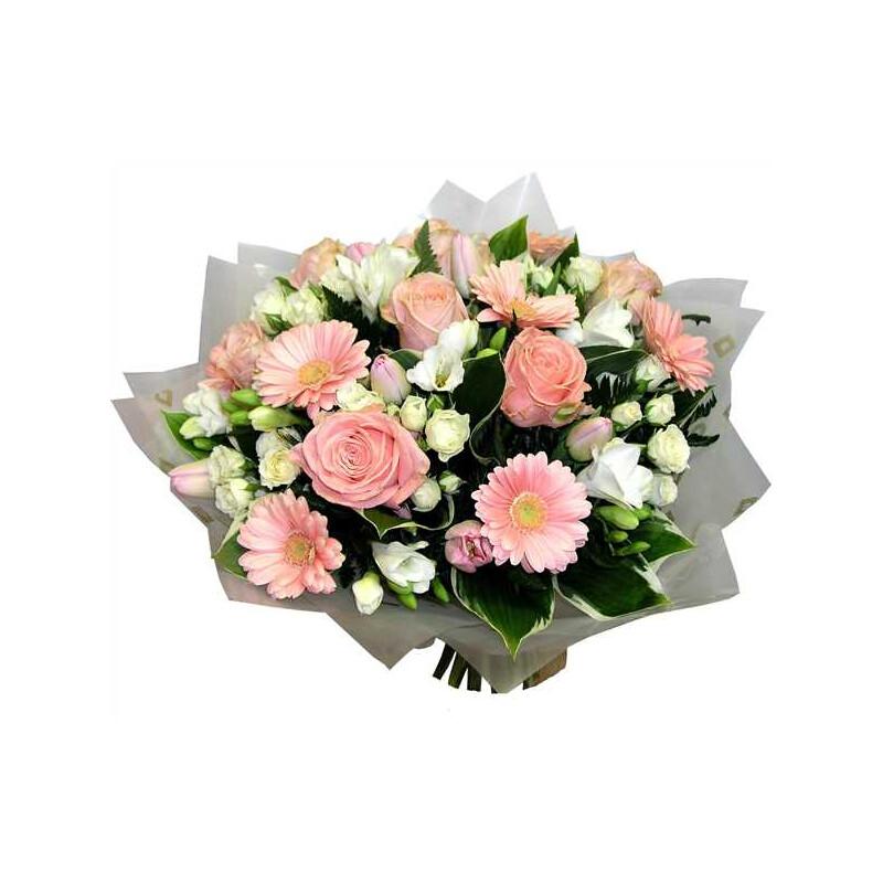 Рынок цветов, букет для руководителя организации женщина 55 лет